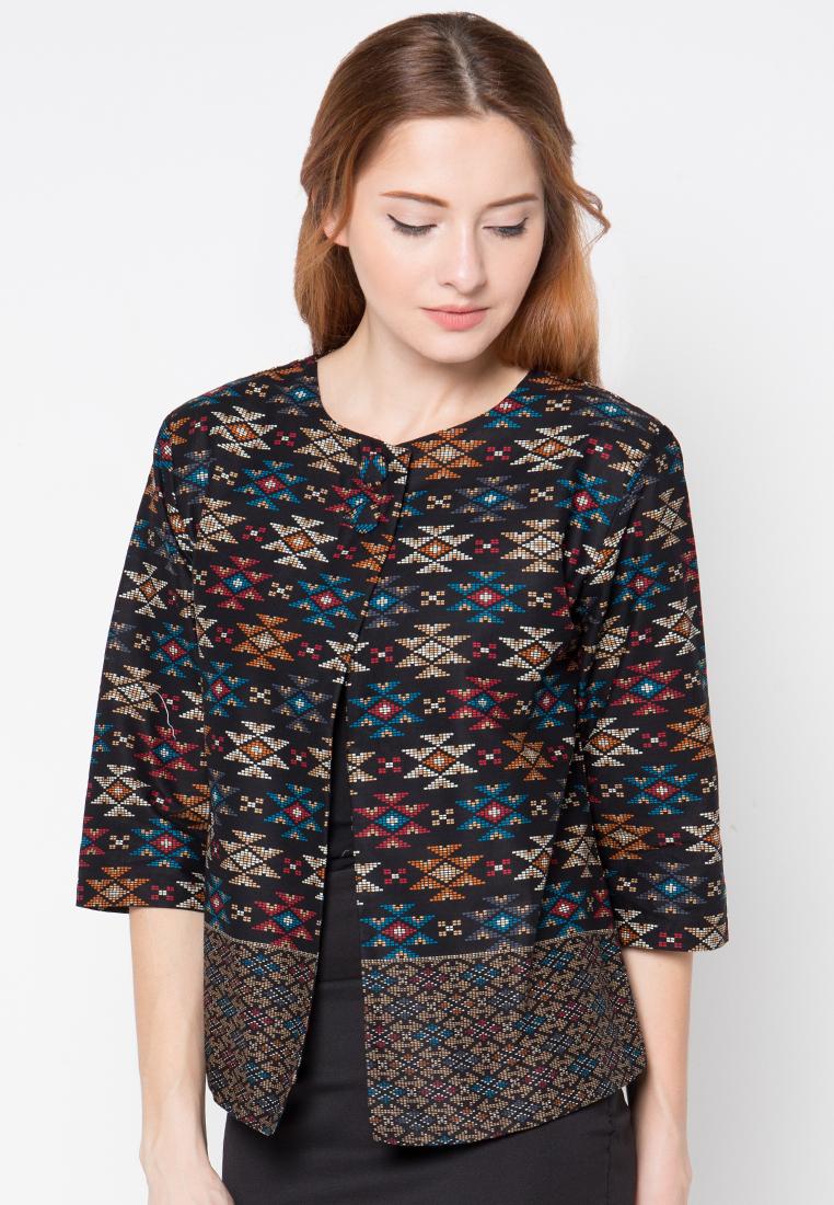 Trend Model Baju Kerja Batik Wanita Tahun Ini   Model Baju ...