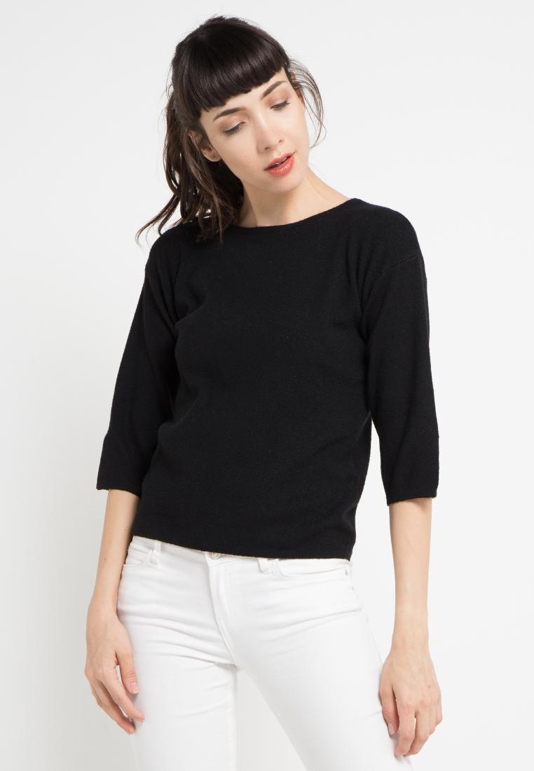 Uptown Girl Split 3/4 Sleeves Knit Blouse