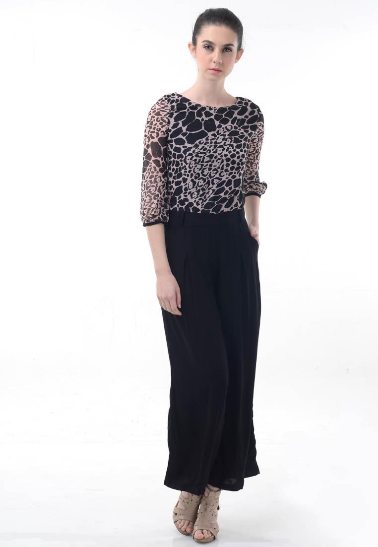Beyounique Jumpsuit cullote leopard print.