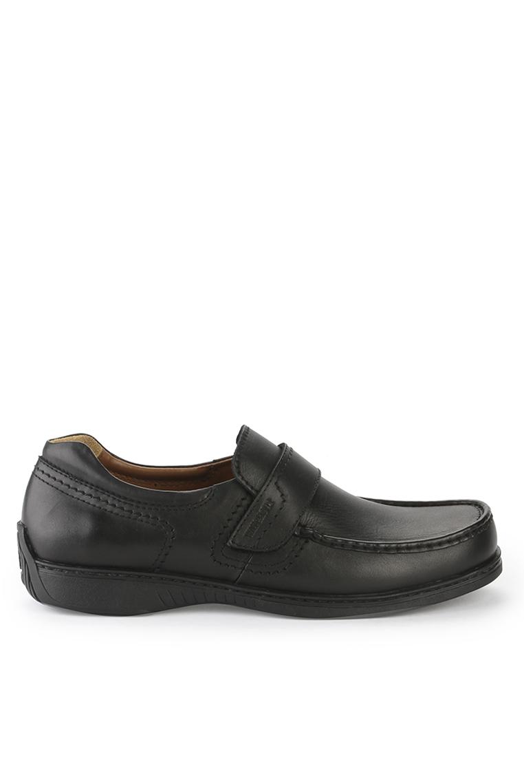 http://static.id.zalora.net/p/watchout-shoes-3580-8627351-1.jpg